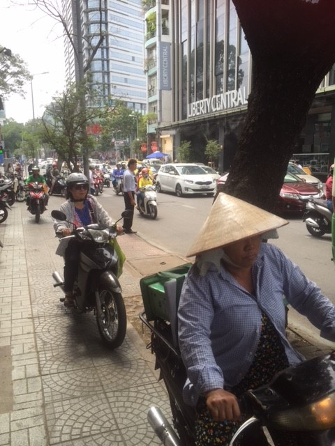 ベトナムのオートバイ軍団1